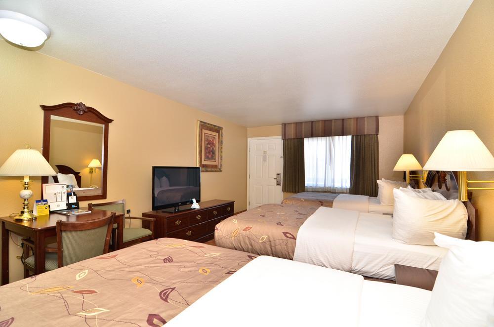 Best Western Fallon Inn & Suites image 27