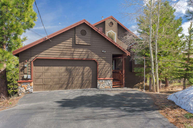 Tahoe Signature Properties image 26