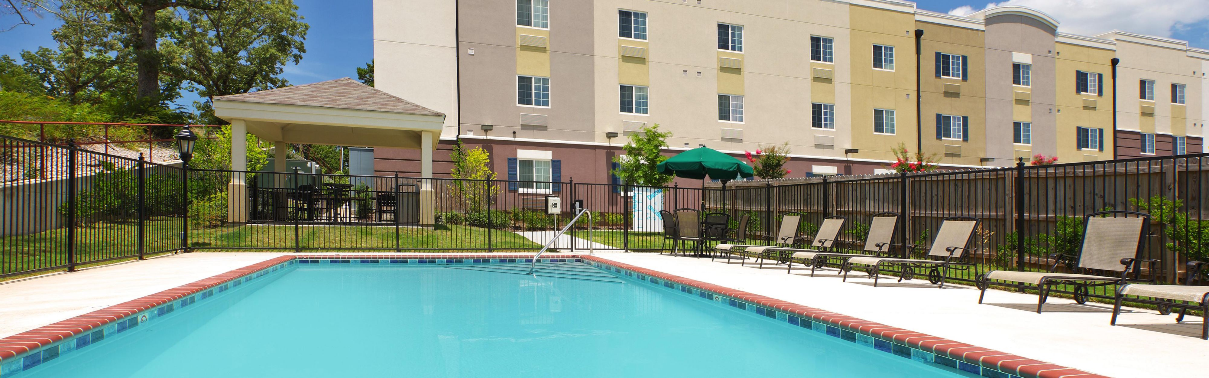 Candlewood Suites Hot Springs image 2