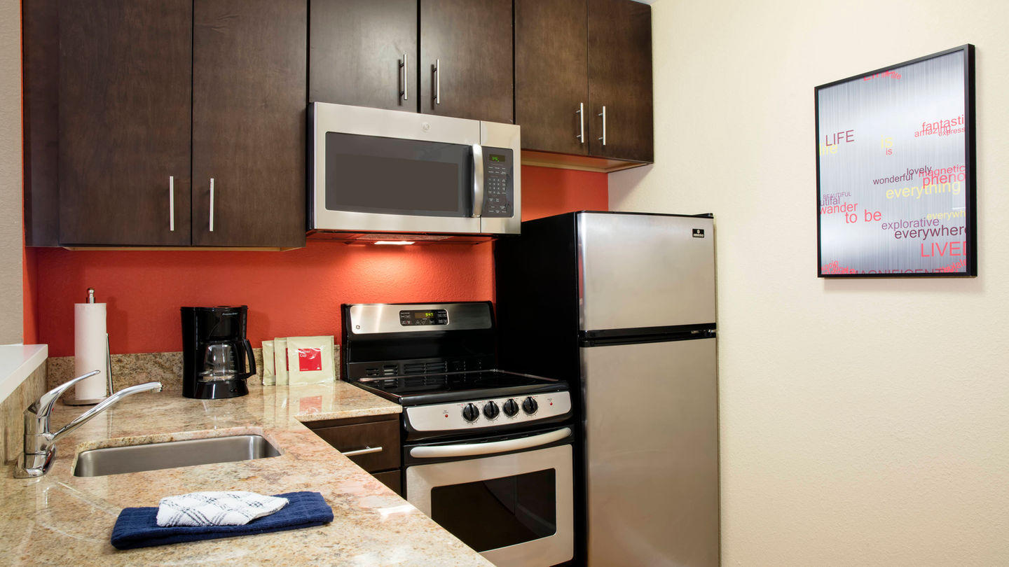 TownePlace Suites by Marriott Orlando at Flamingo Crossings/Western Entrance image 9