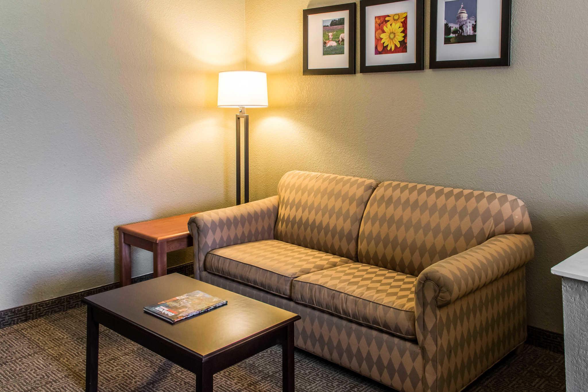 Comfort Suites Round Rock - Austin North I-35 image 14