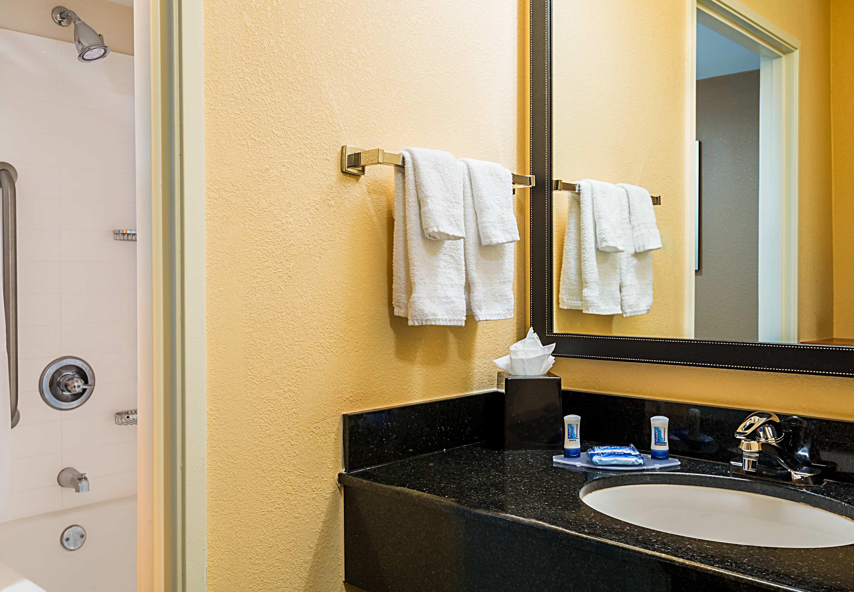 Fairfield Inn & Suites by Marriott Mobile image 10