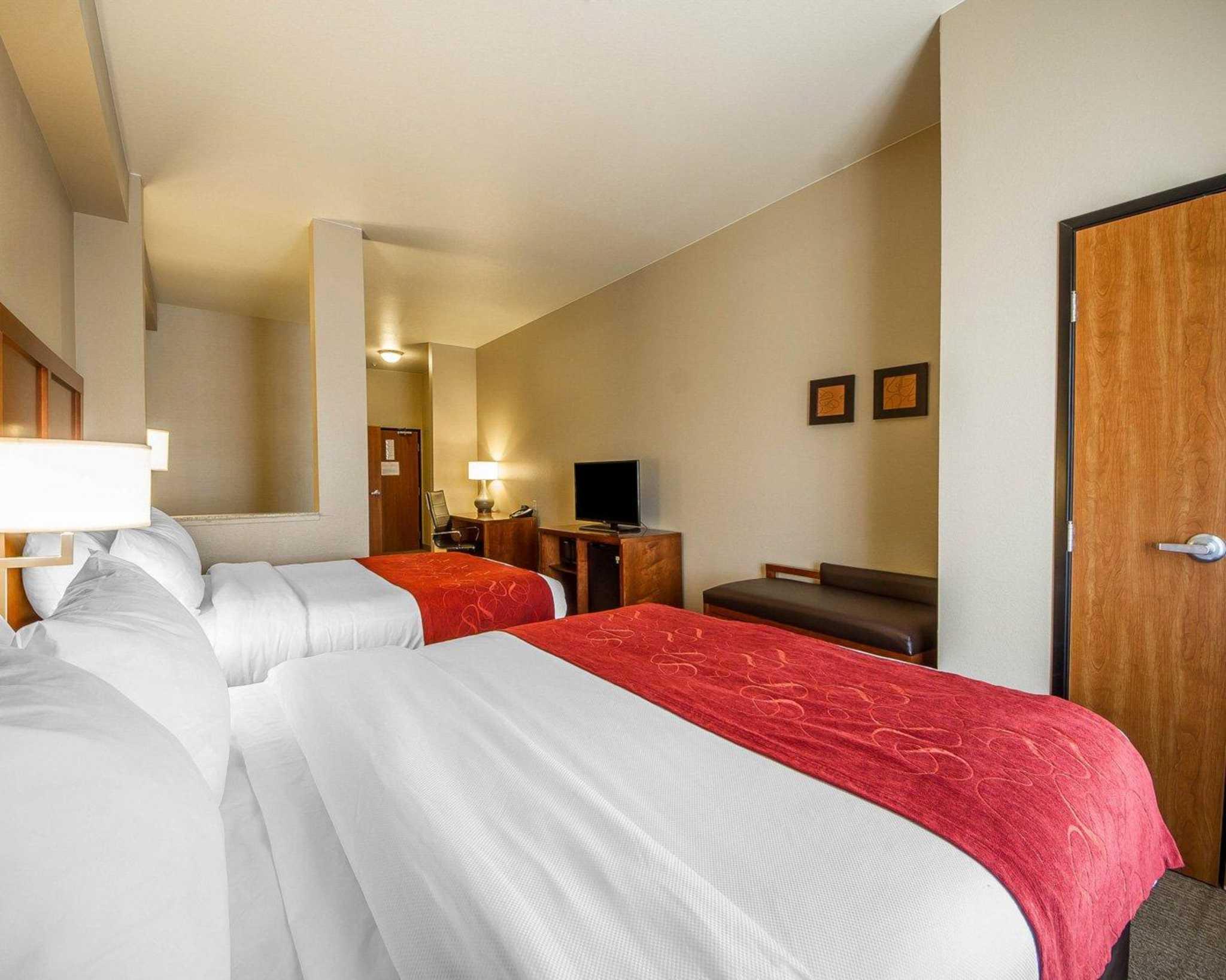 Comfort Suites Redding - Shasta Lake image 21