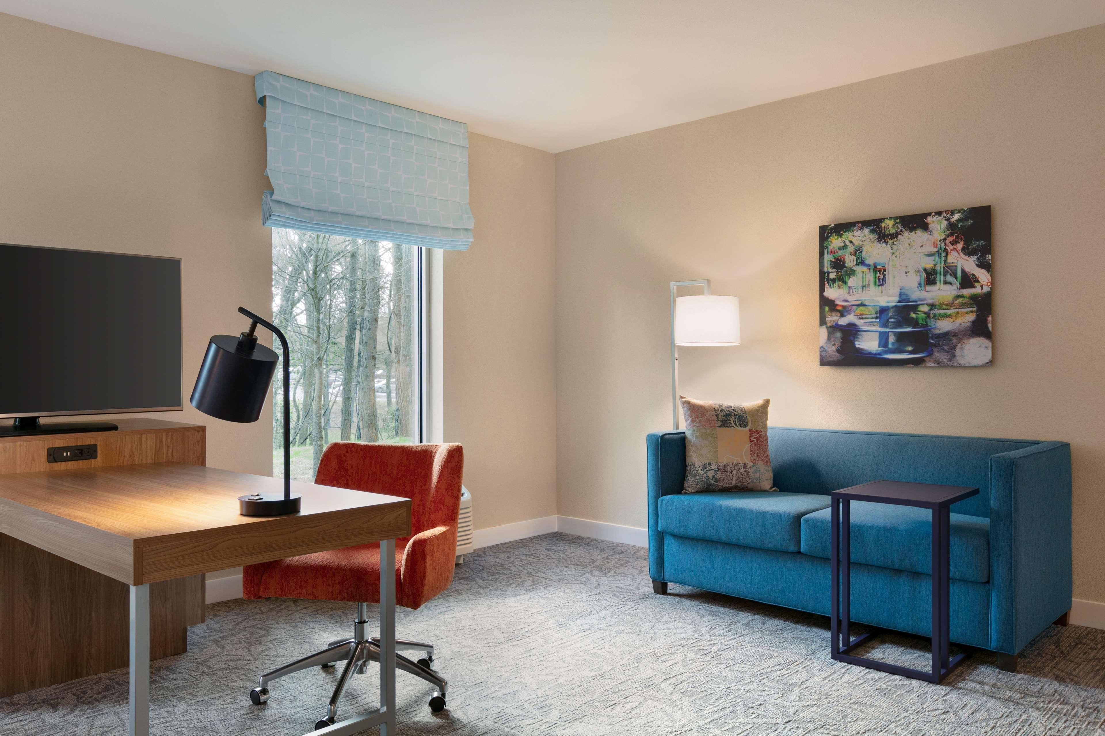 Hampton Inn and Suites Johns Creek image 28
