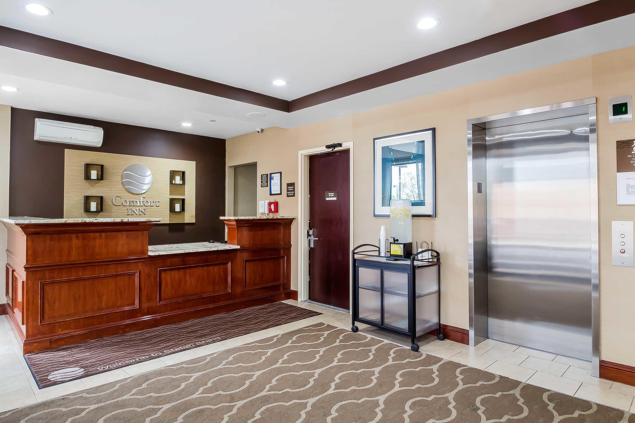 Comfort Inn Staten Island image 15