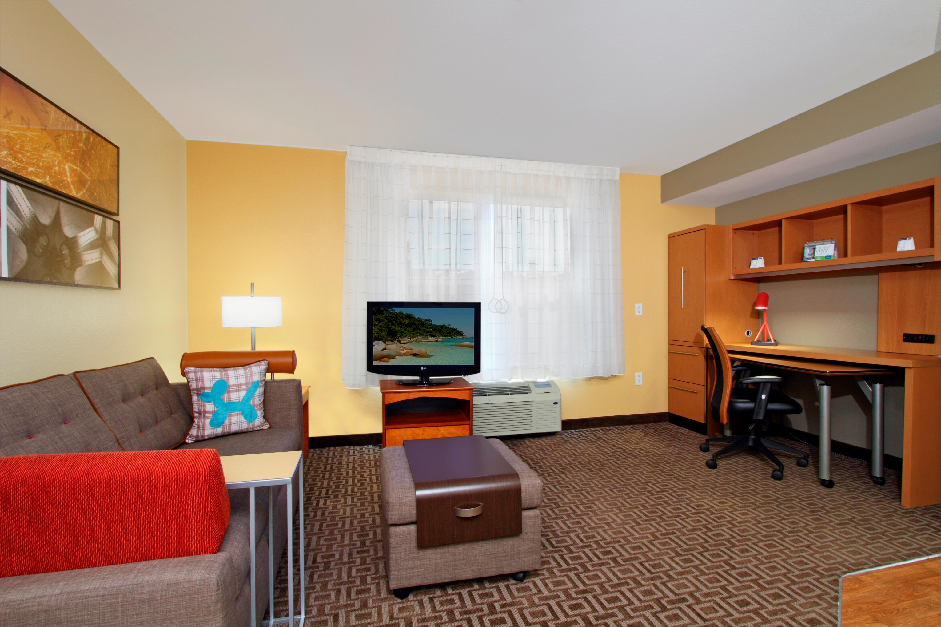 TownePlace Suites by Marriott Newark Silicon Valley image 3
