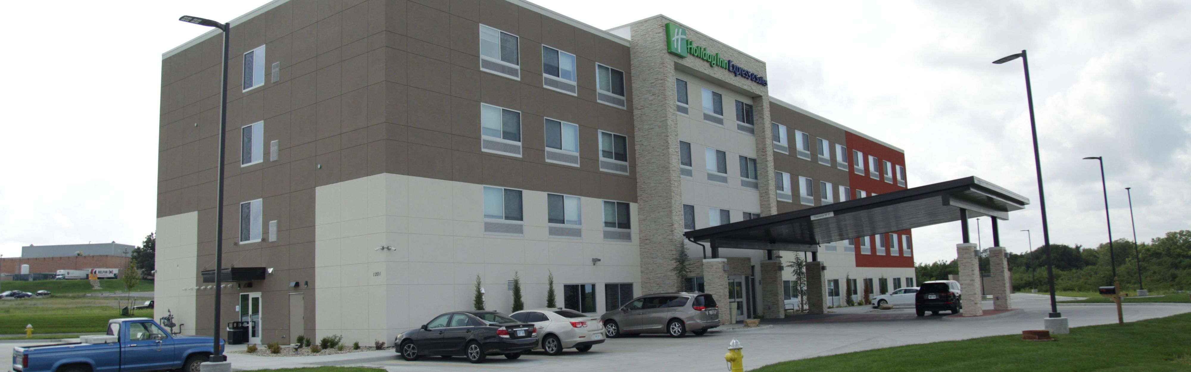 Holiday Inn Express & Suites Lee's Summit - Kansas City image 0