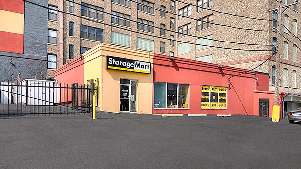 StorageMart image 3