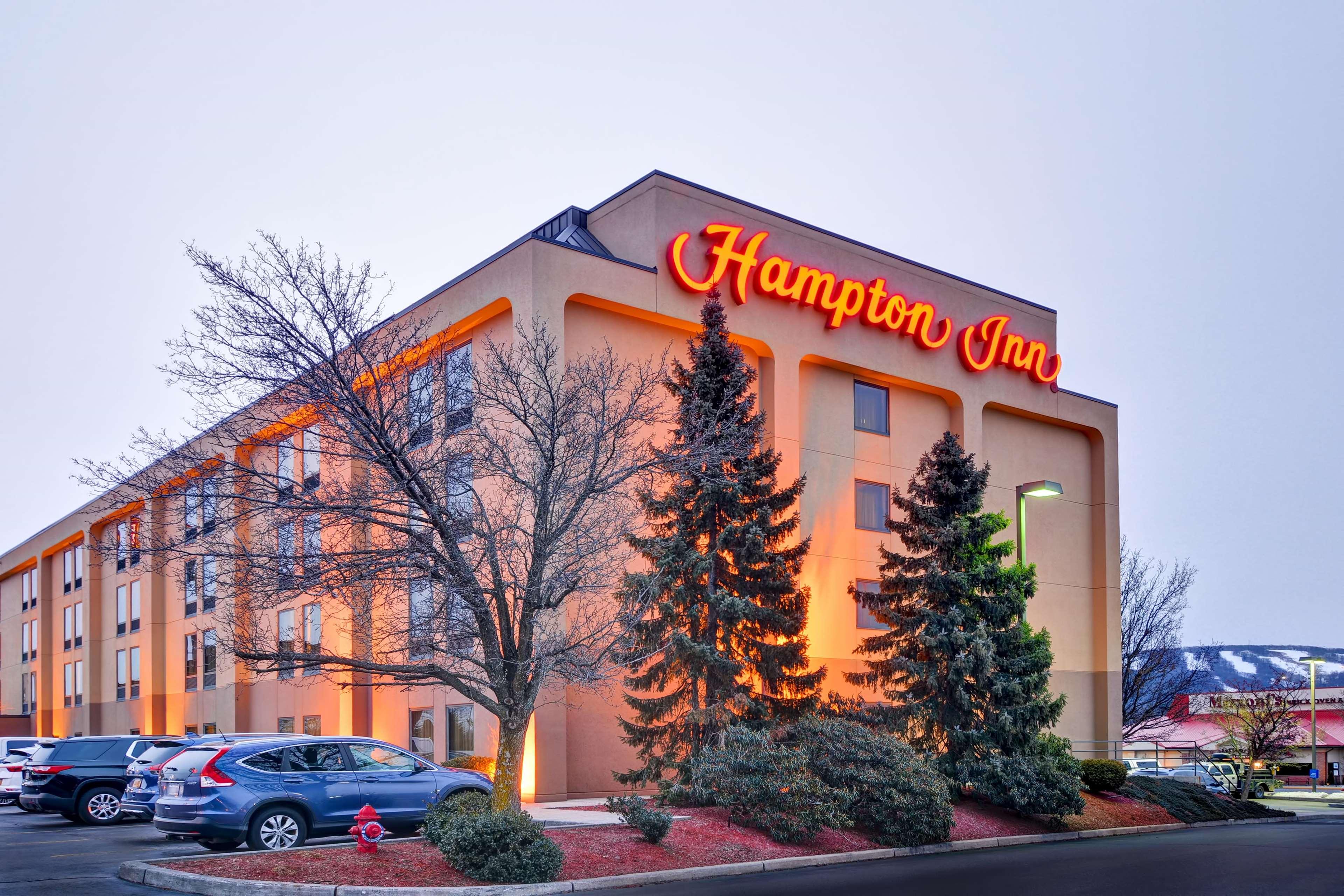 Hampton Inn Scranton At Montage Mountain image 1