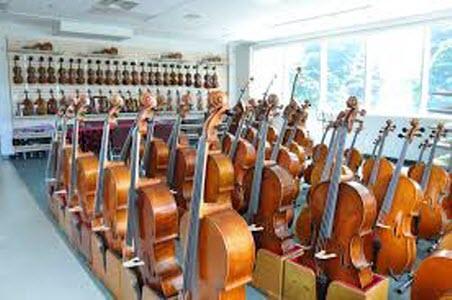 Infinti Strings