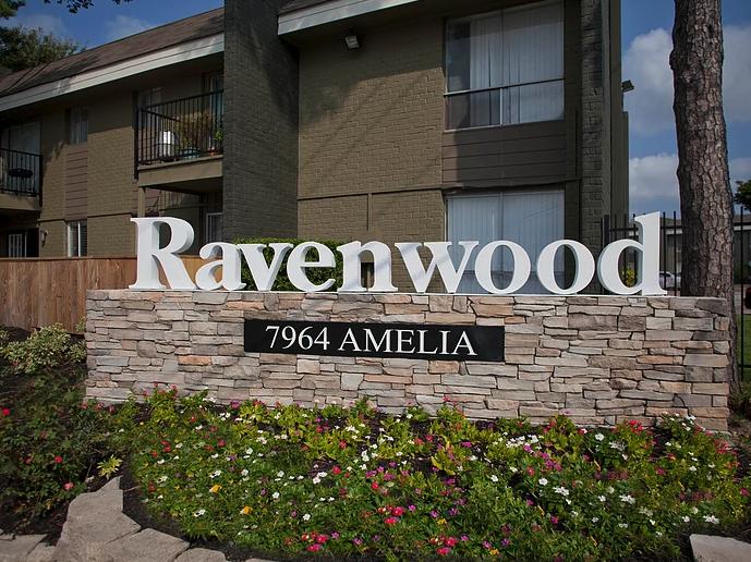Ravenwood Apartments image 0