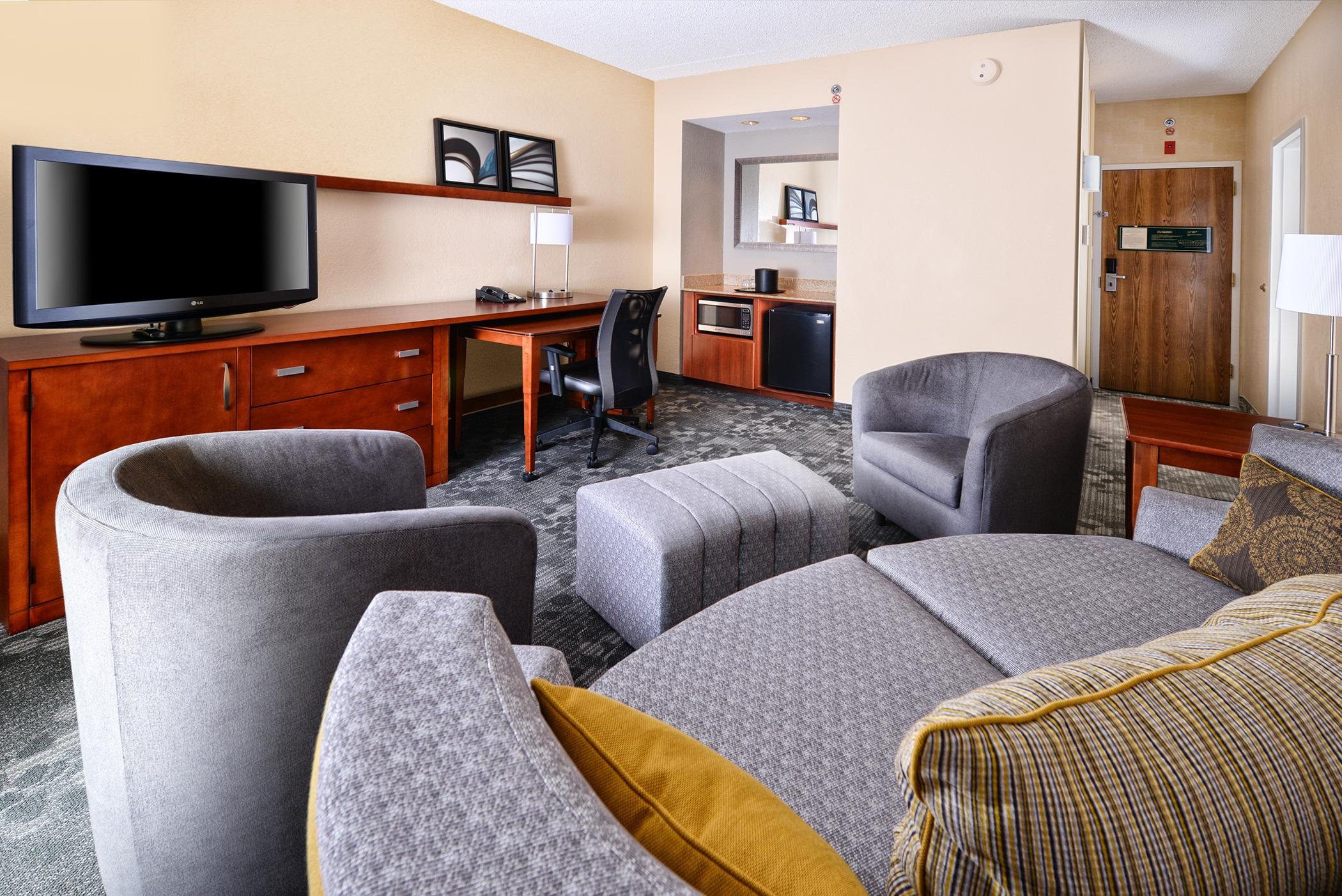 Courtyard by Marriott Dallas Richardson at Spring Valley image 5