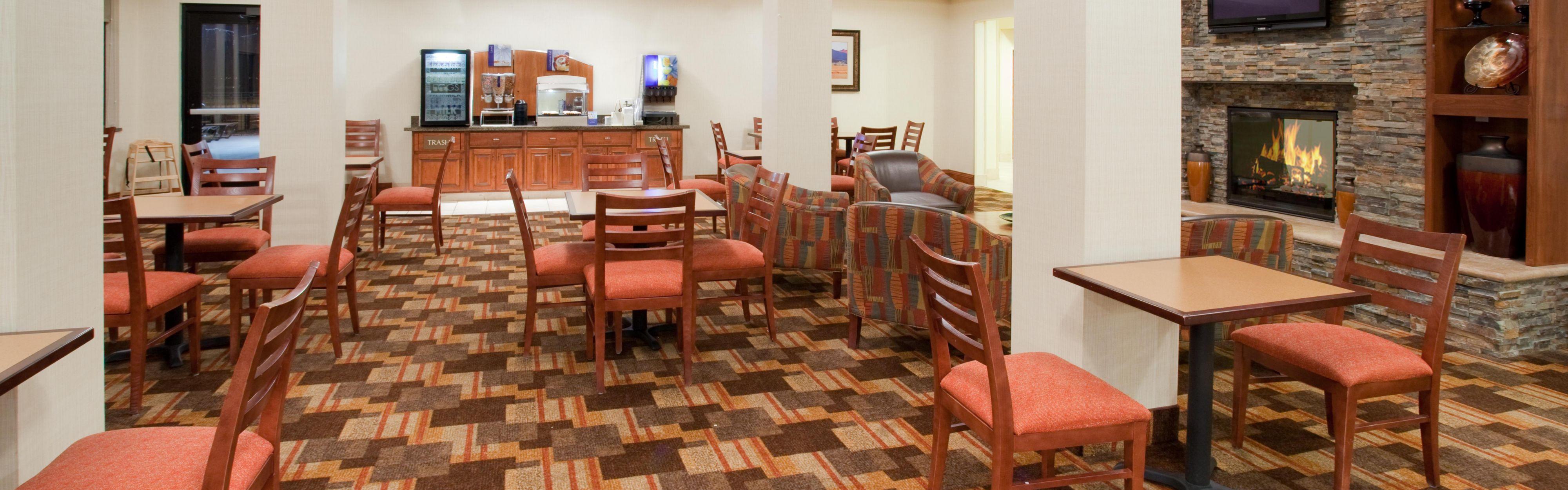 Holiday Inn Express & Suites Loveland image 2