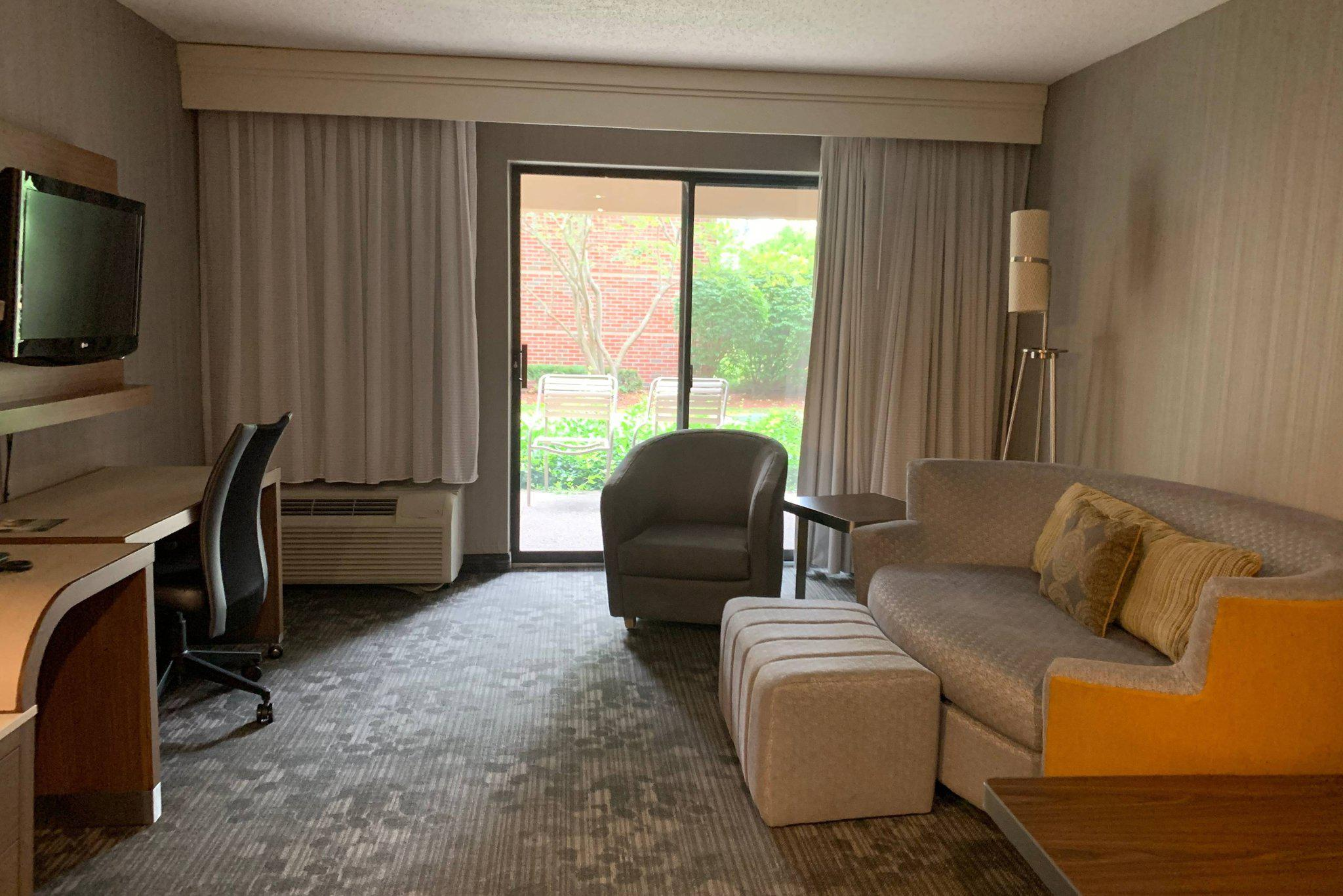 Courtyard by Marriott Concord