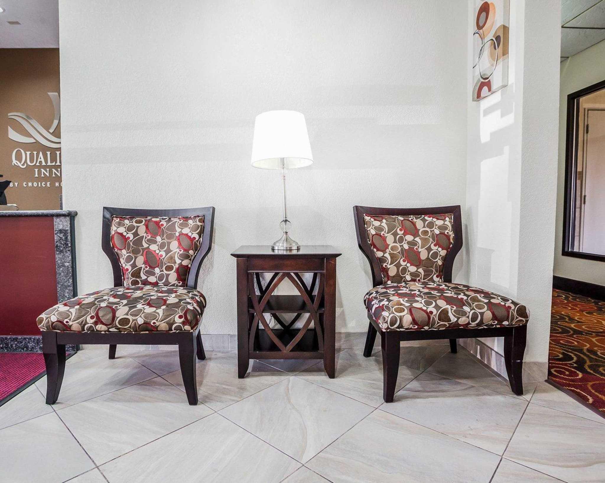 Quality Inn & Suites Altoona - Des Moines image 18