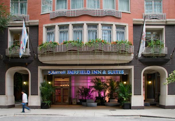 Fairfield Inn & Suites by Marriott Chicago Downtown/Magnificent Mile image 1
