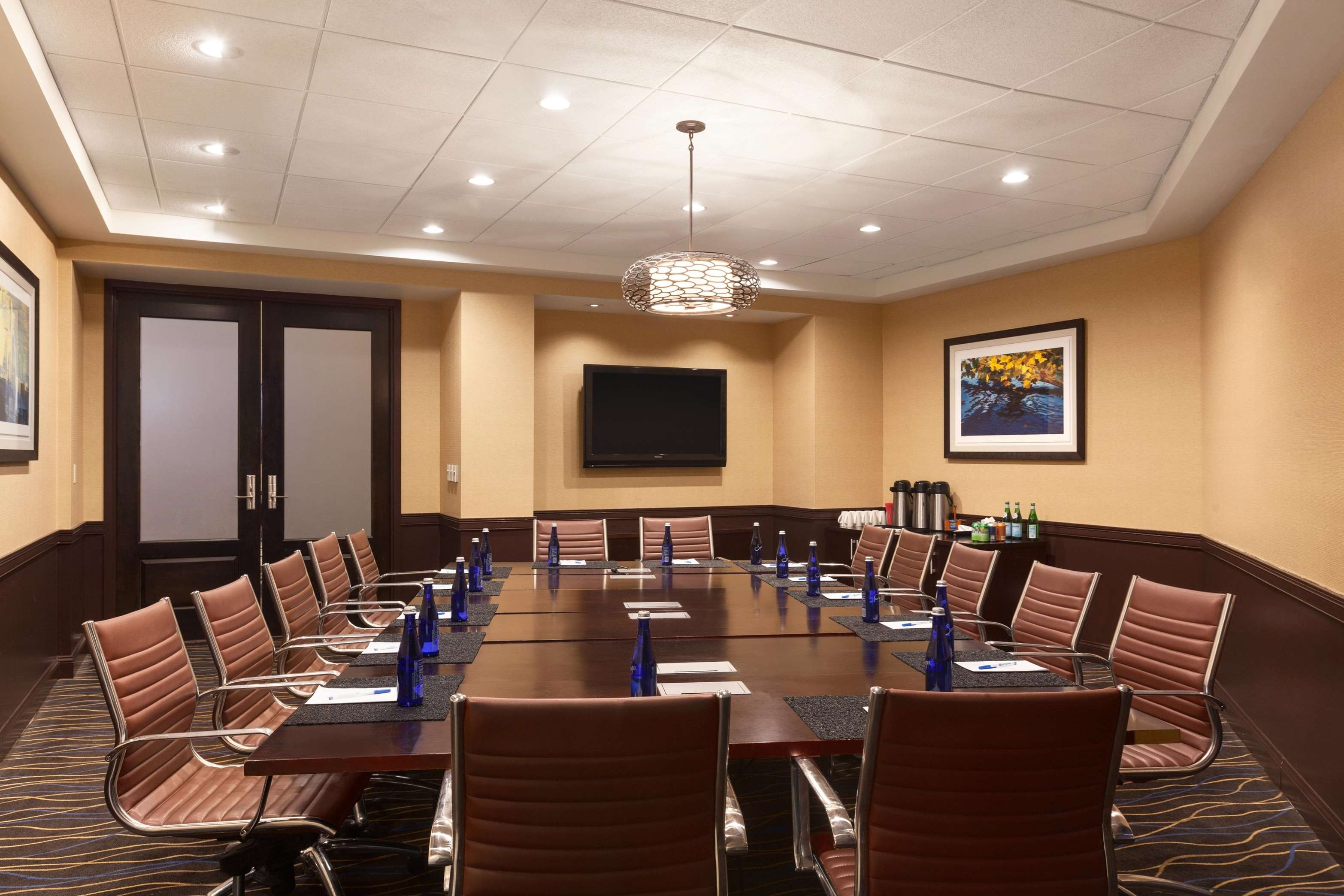 DoubleTree by Hilton Boston - Andover image 3