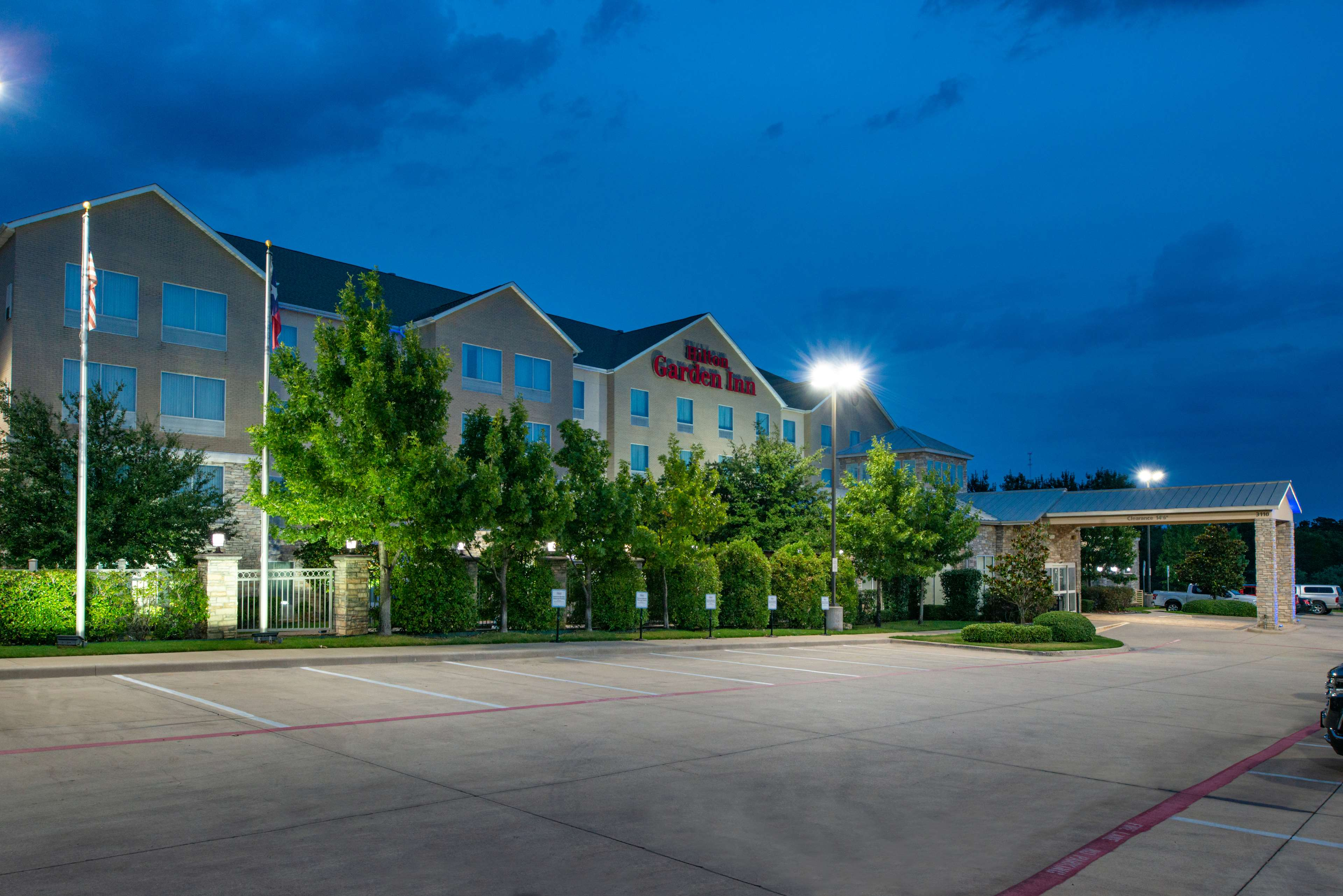 Hilton Garden Inn Denton 3110 Colorado Blvd Denton Tx Hotels Motels Mapquest