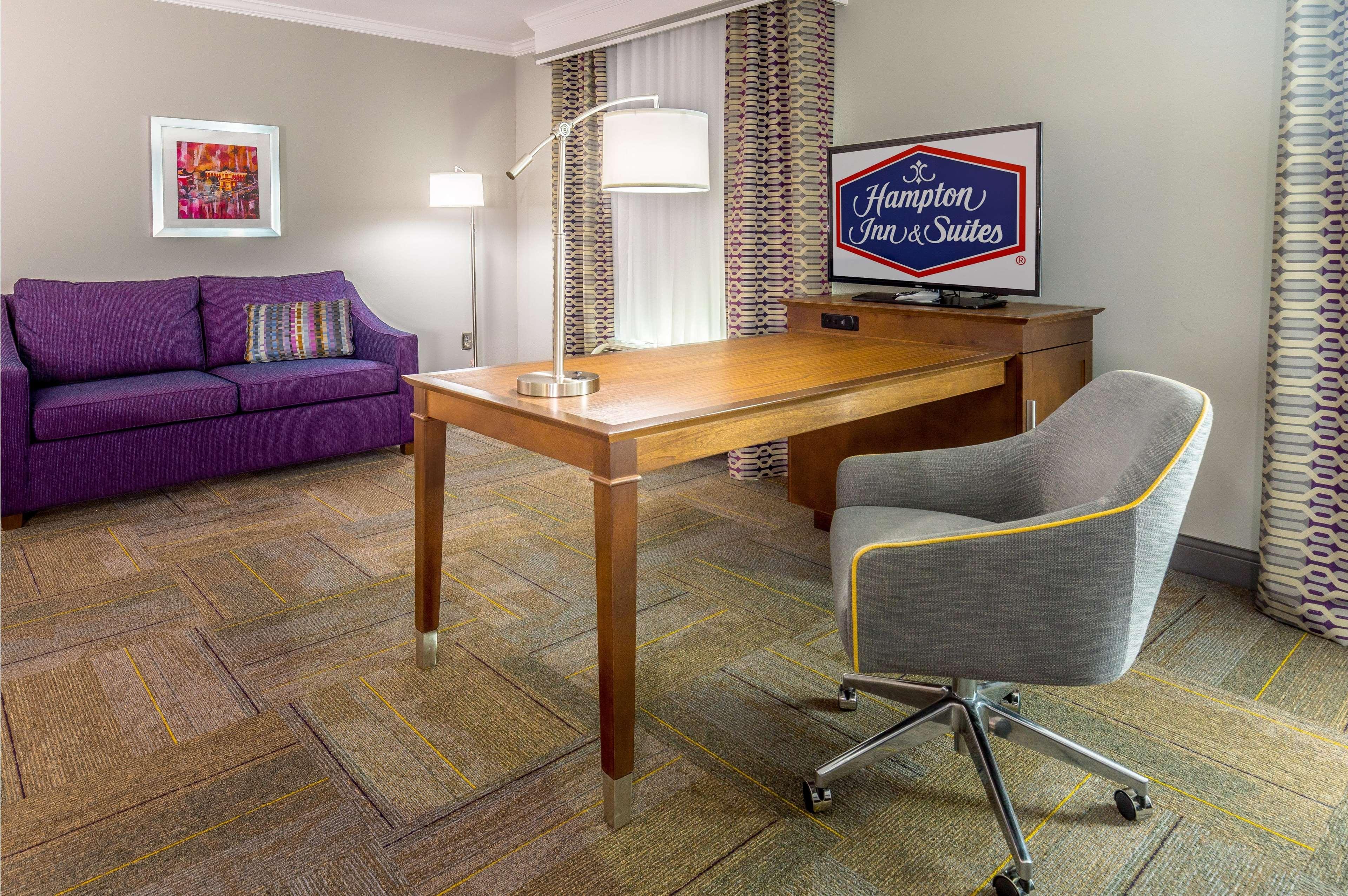 Hampton Inn & Suites Dublin image 24
