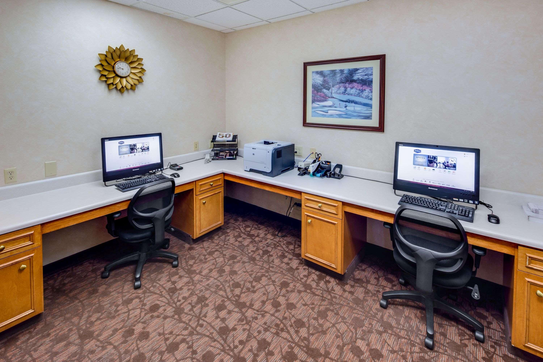Hampton Inn & Suites Augusta West image 31