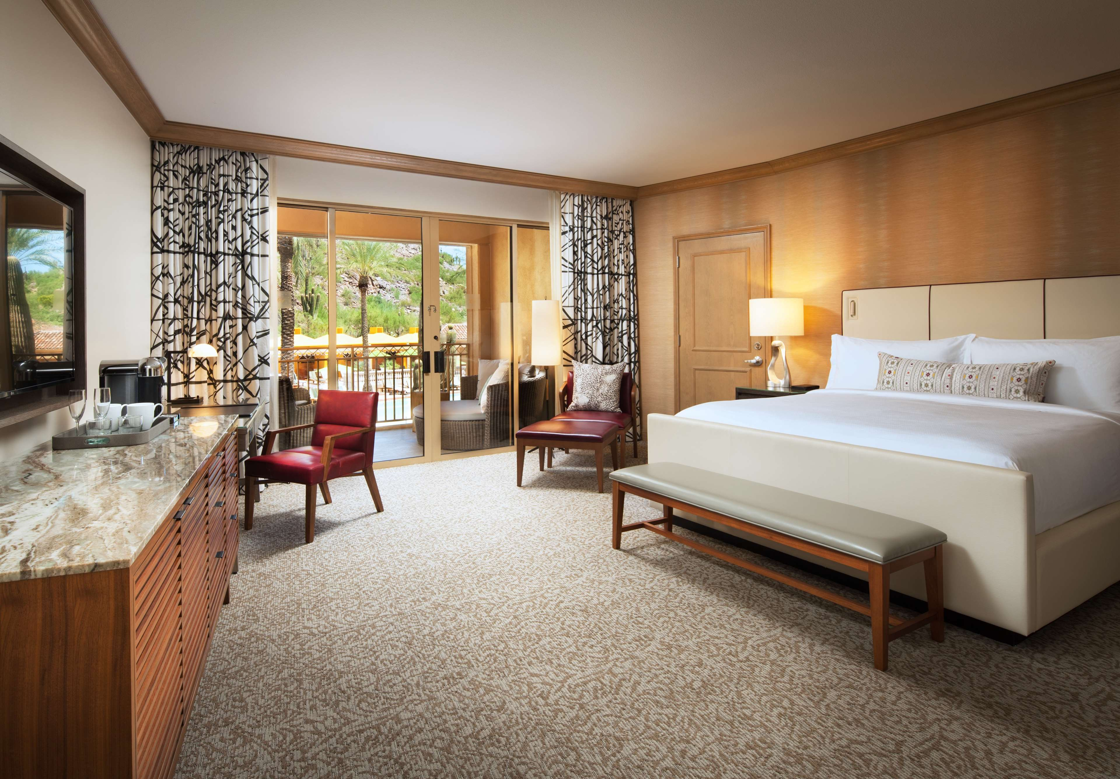 The Canyon Suites at The Phoenician, a Luxury Collection Resort, Scottsdale image 16