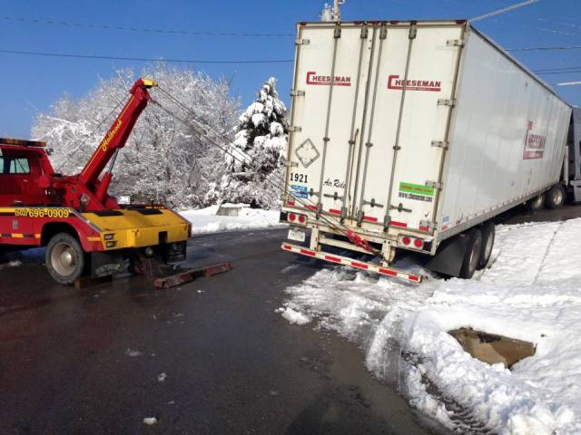 Holbrook Towing image 6
