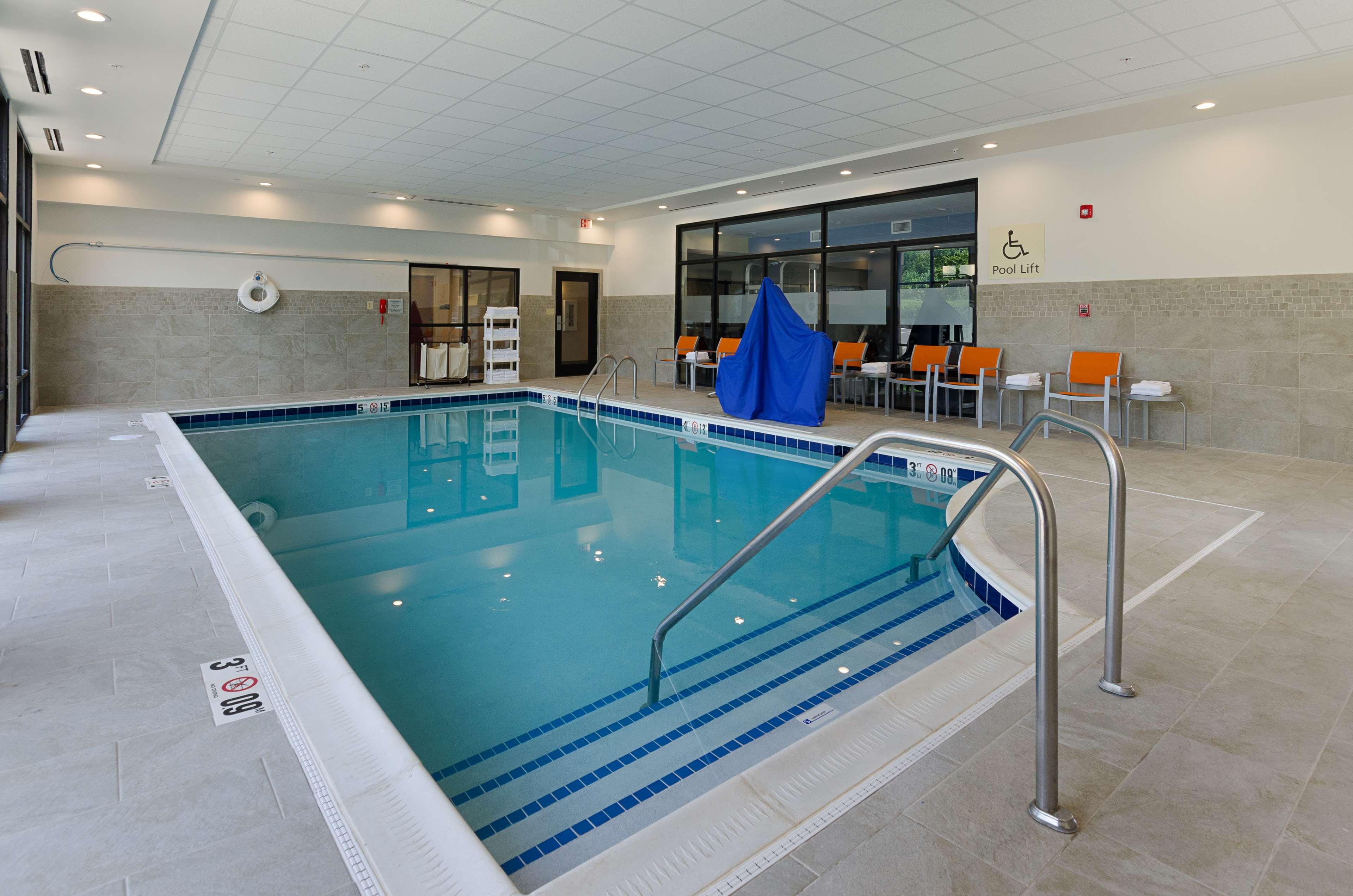 Hampton Inn Covington image 11