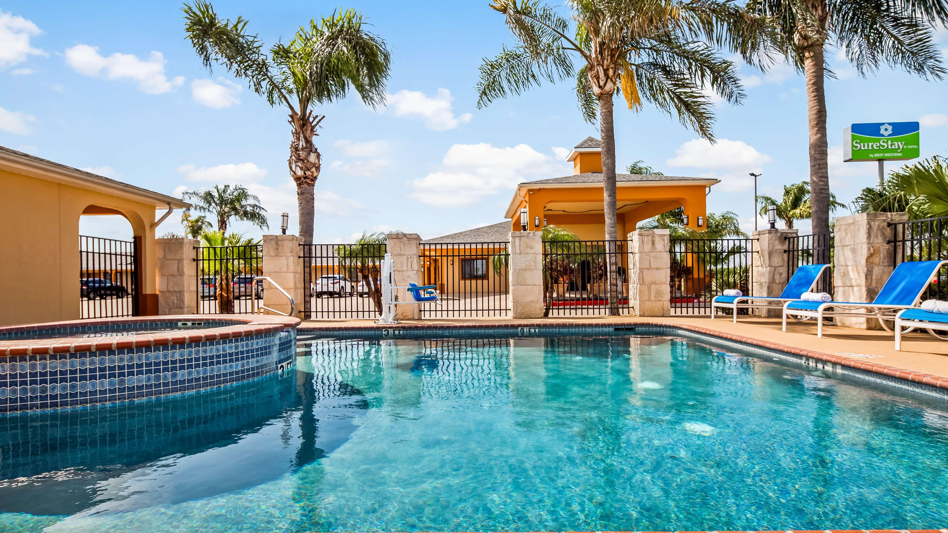 SureStay Hotel by Best Western Falfurrias image 23