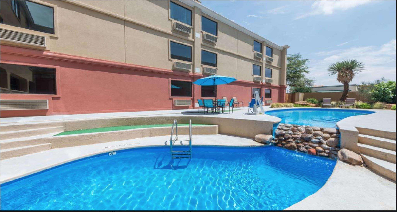 SureStay Plus Hotel by Best Western Lubbock Medical Center image 6