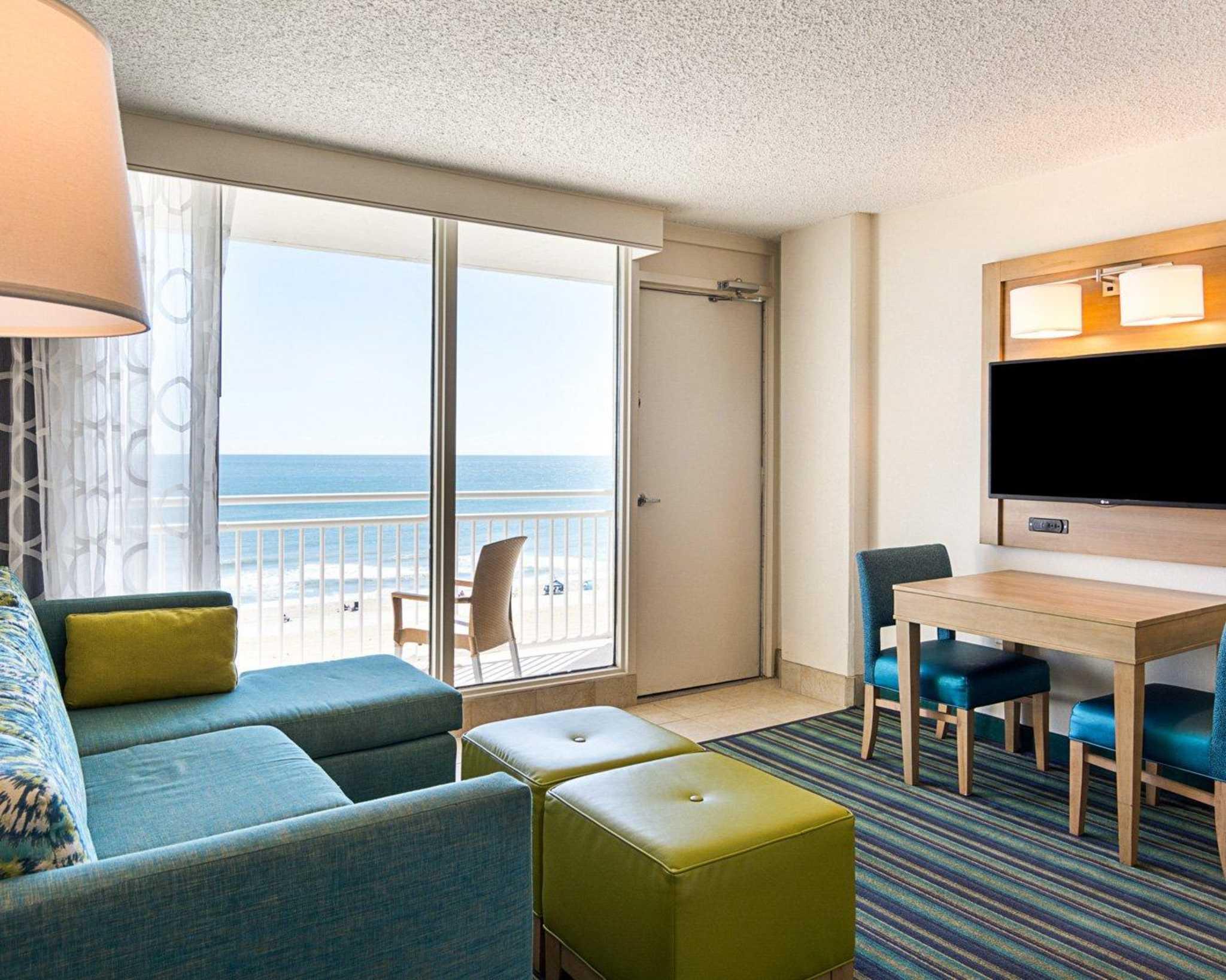 Comfort Suites Beachfront image 23