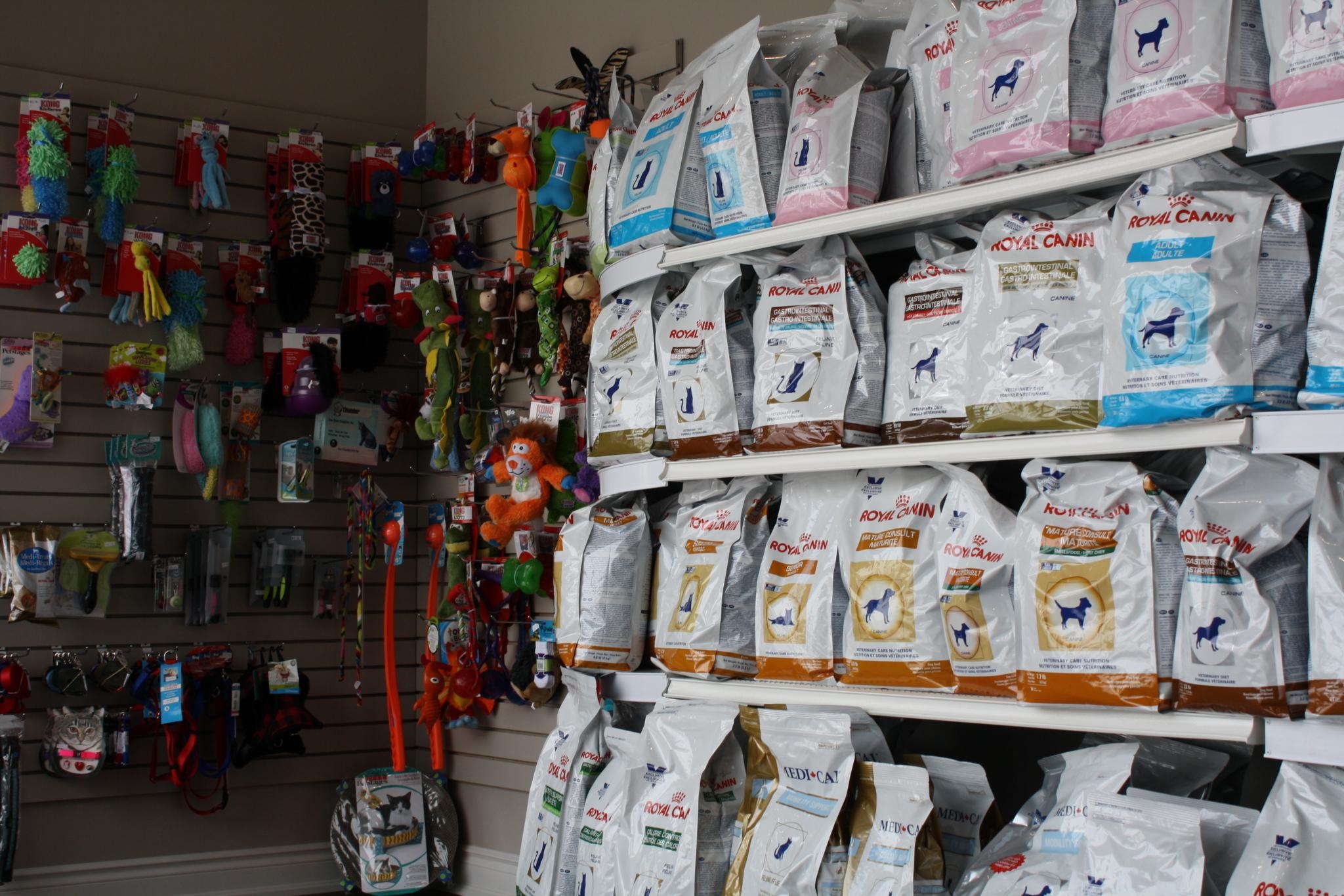 O'Sullivan Animal Hospital in Barrie: Cat & Dog Food Available