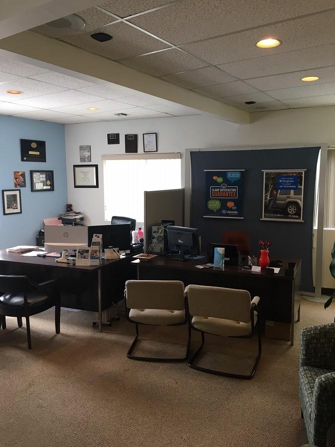 Darren Set: Allstate Insurance image 5