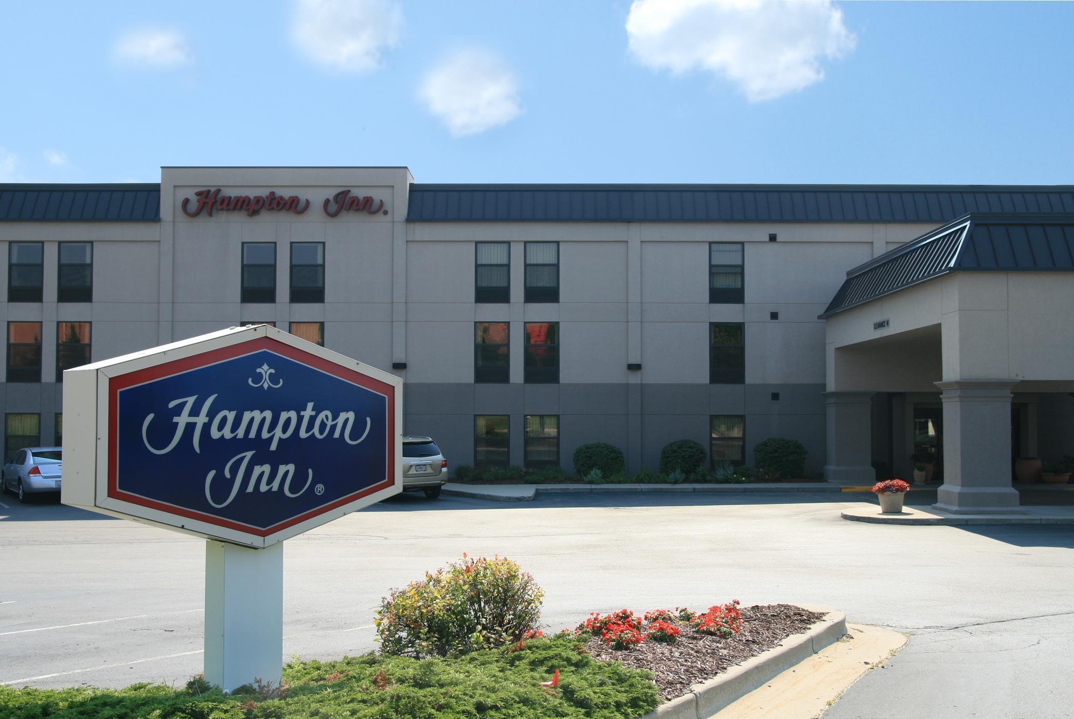 Hampton Inn Grand Rapids-North image 0
