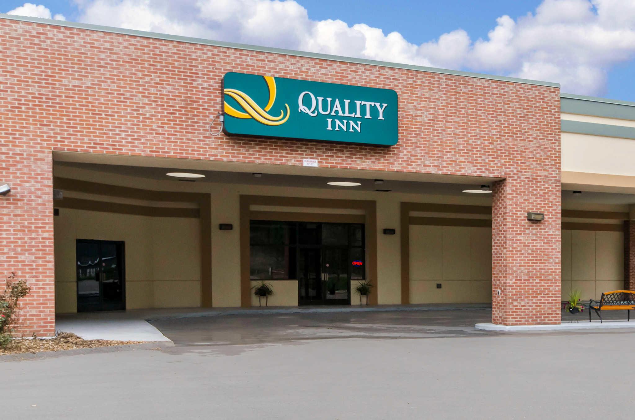 Quality Inn - Closed image 0