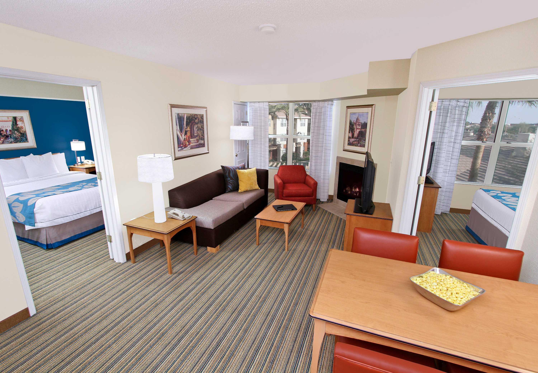 Residence Inn by Marriott Scottsdale North image 4