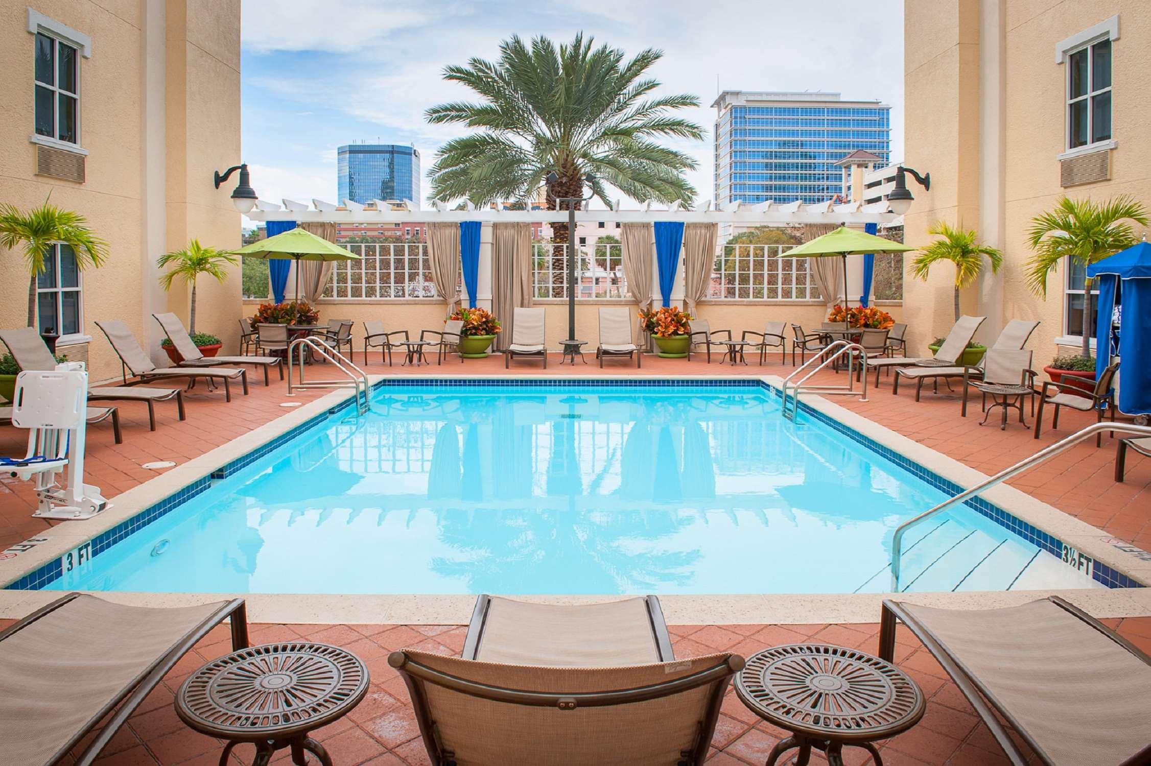 Hampton Inn & Suites St. Petersburg/Downtown image 5