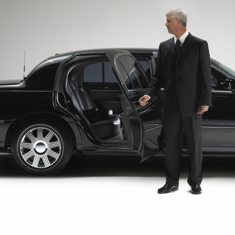 Tyd's Transportation and Taxi Service image 1