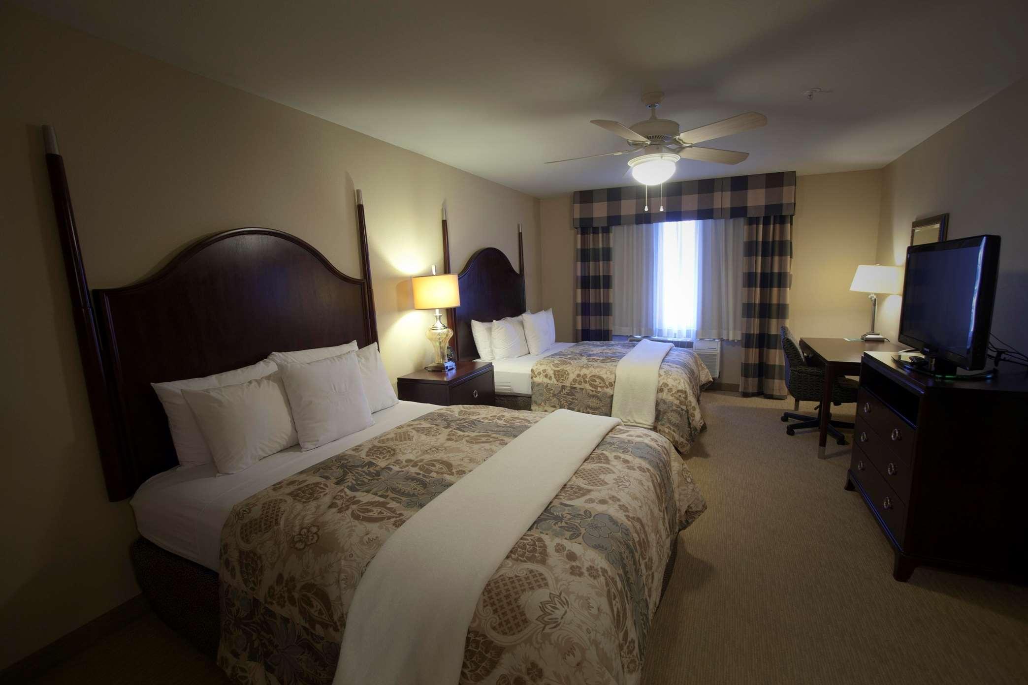 Homewood Suites by Hilton Albuquerque Airport image 2