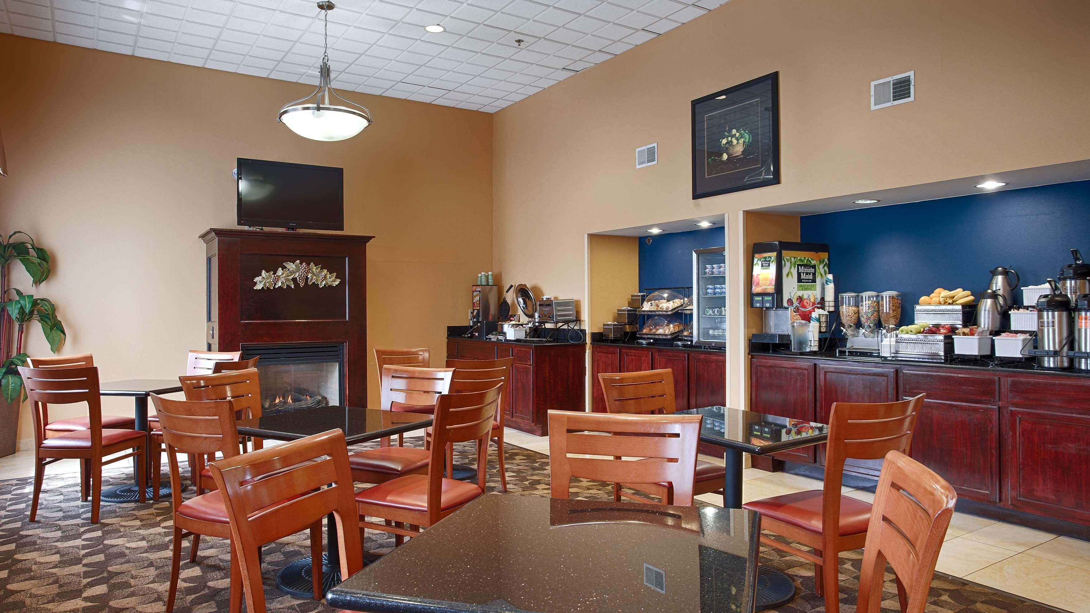 Best Western Concord Inn & Suites image 6