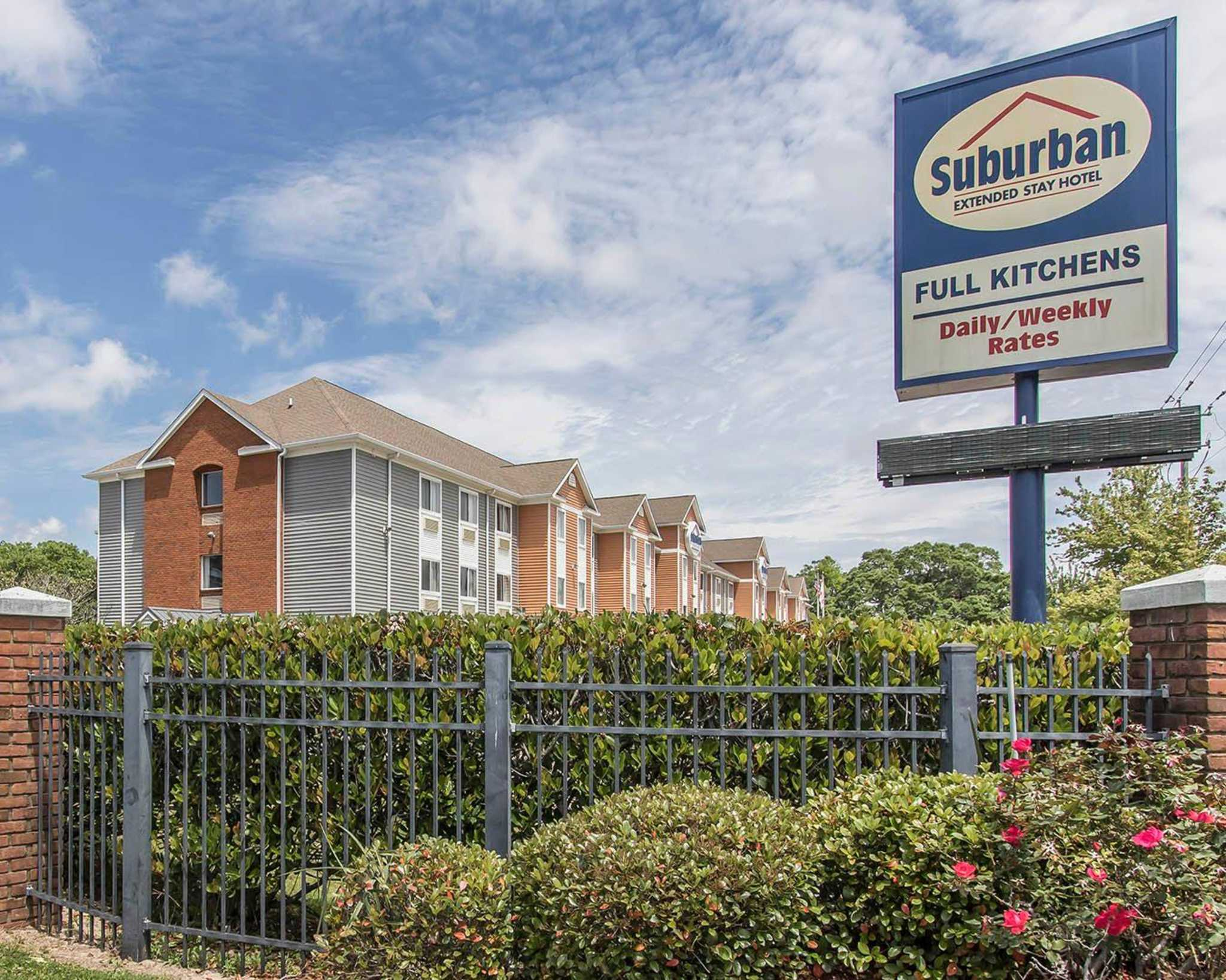 Suburban Extended Stay Hotel - Pensacola  Fl