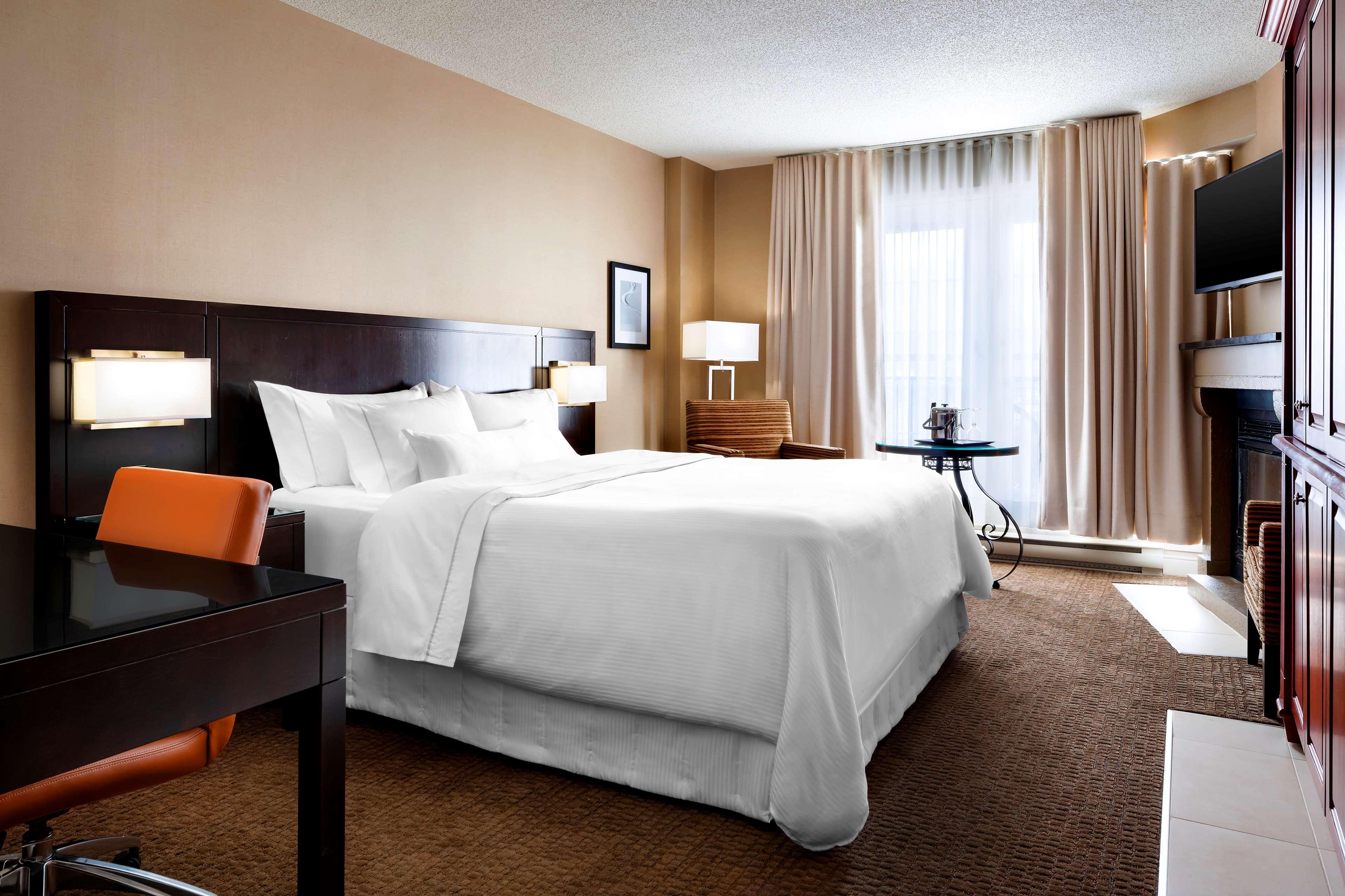 Le Westin Resort & Spa, Tremblant, Quebec à Mont Tremblant: Traditional Hotel Room