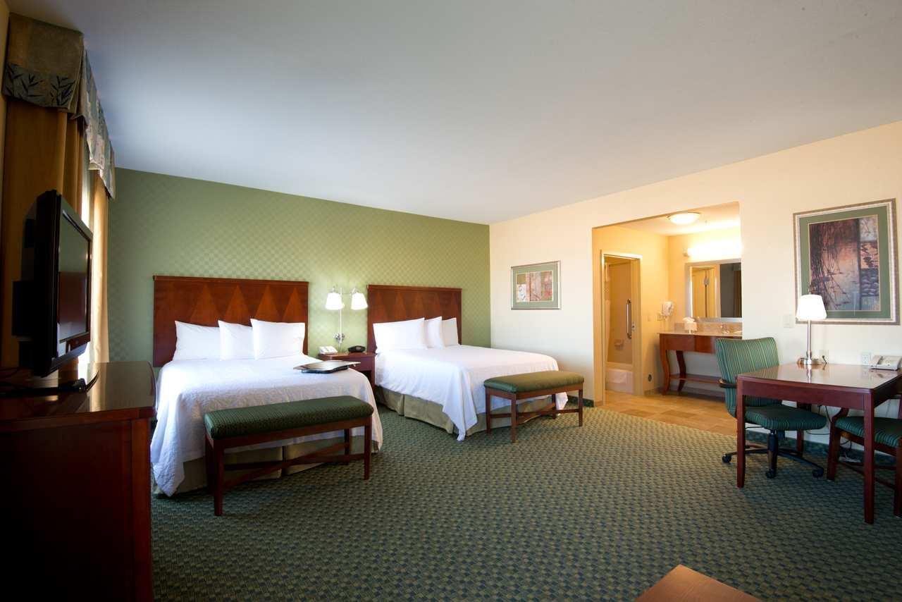 Hampton Inn & Suites El Paso West image 12