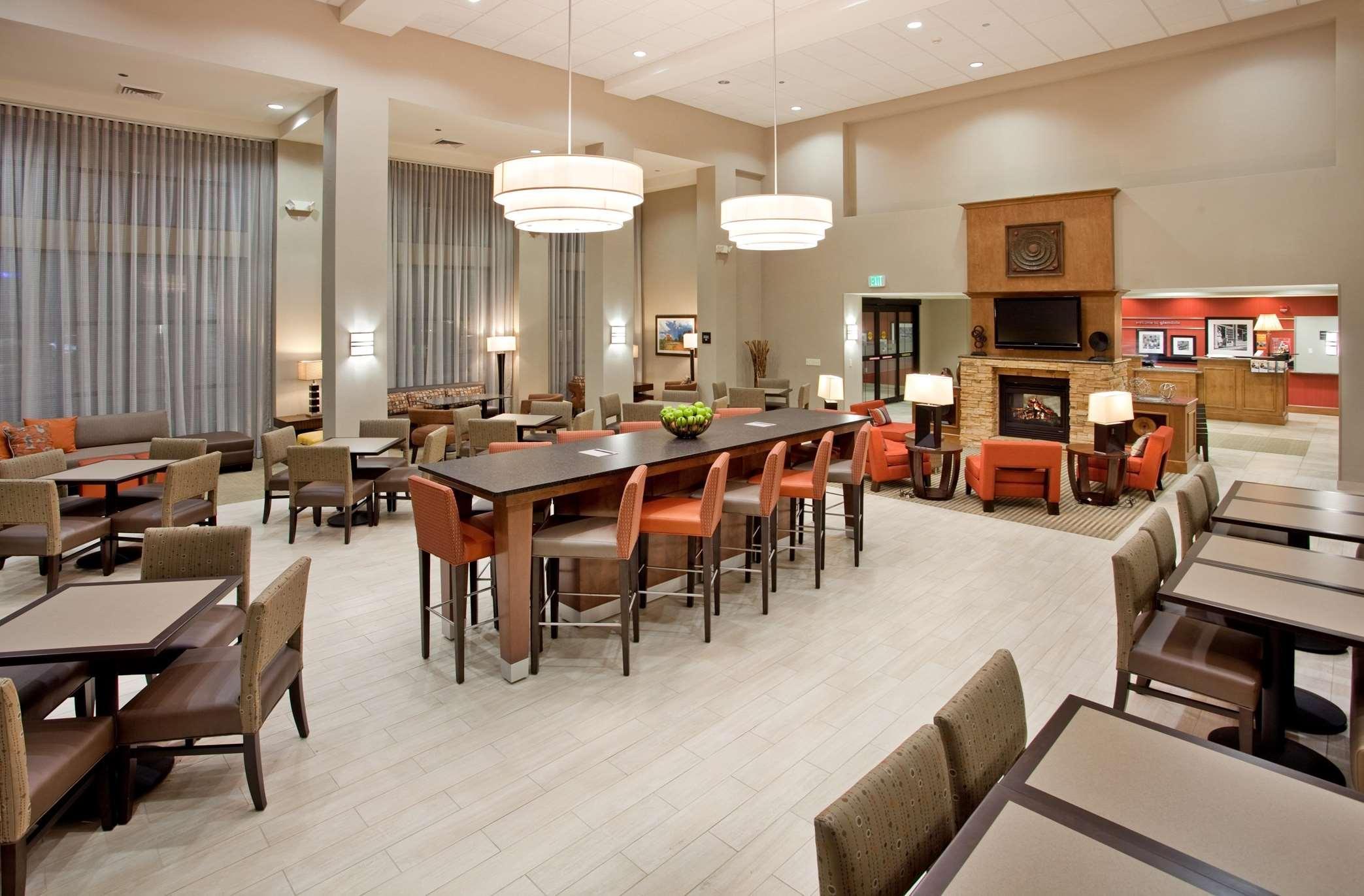 Hampton Inn & Suites Phoenix Glendale-Westgate image 17