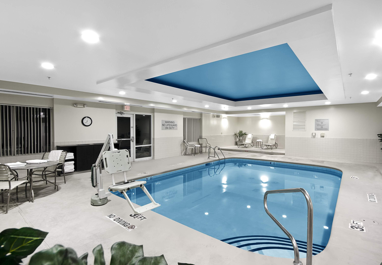 Fairfield Inn  U0026 Suites By Marriott Raleigh