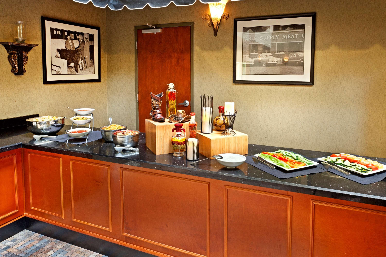 Embassy Suites by Hilton Nashville at Vanderbilt image 16