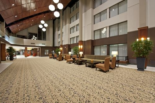 Holiday Inn Chicago West-Itasca image 4