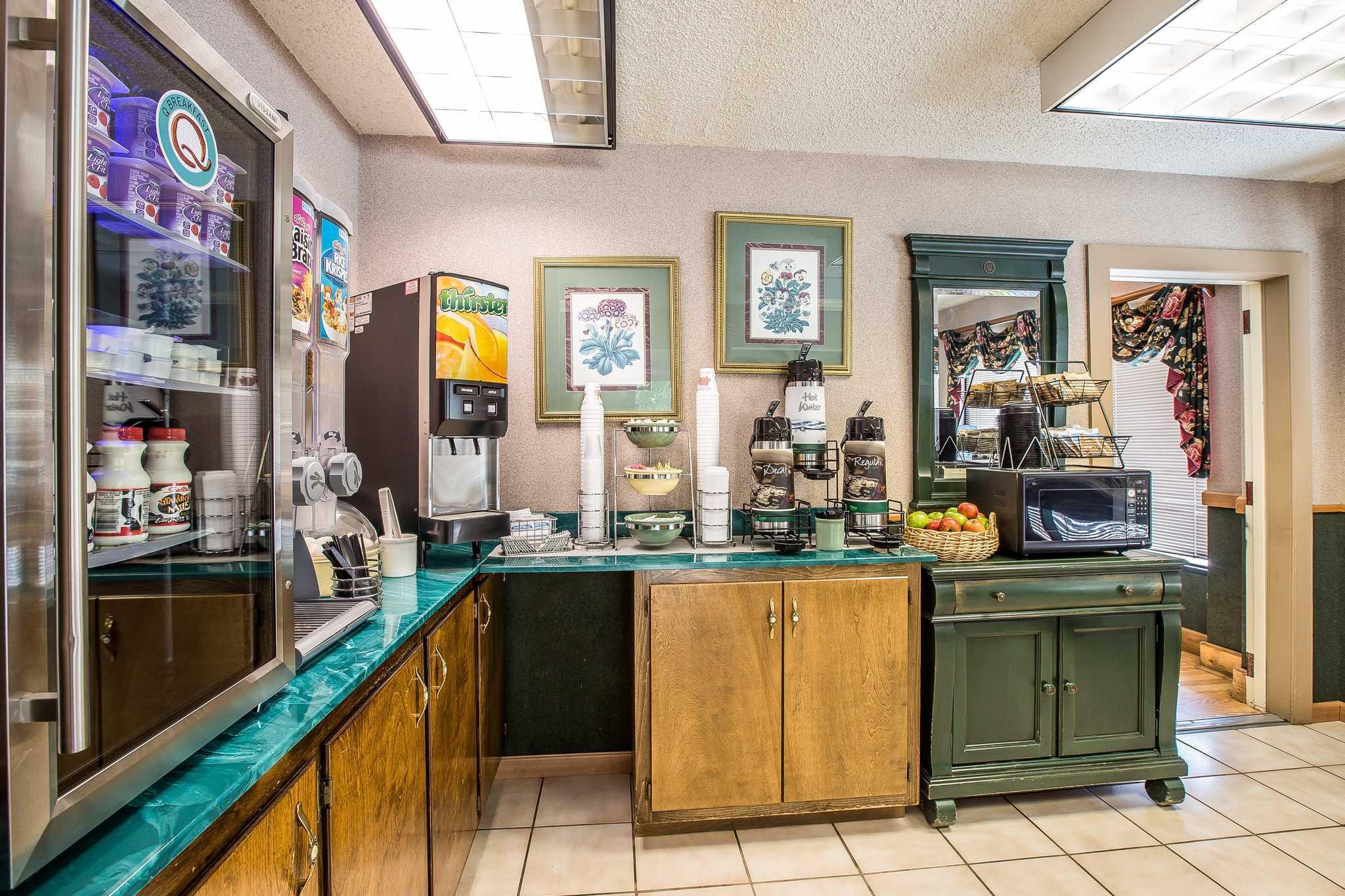Quality Inn & Suites Mt. Chalet image 15