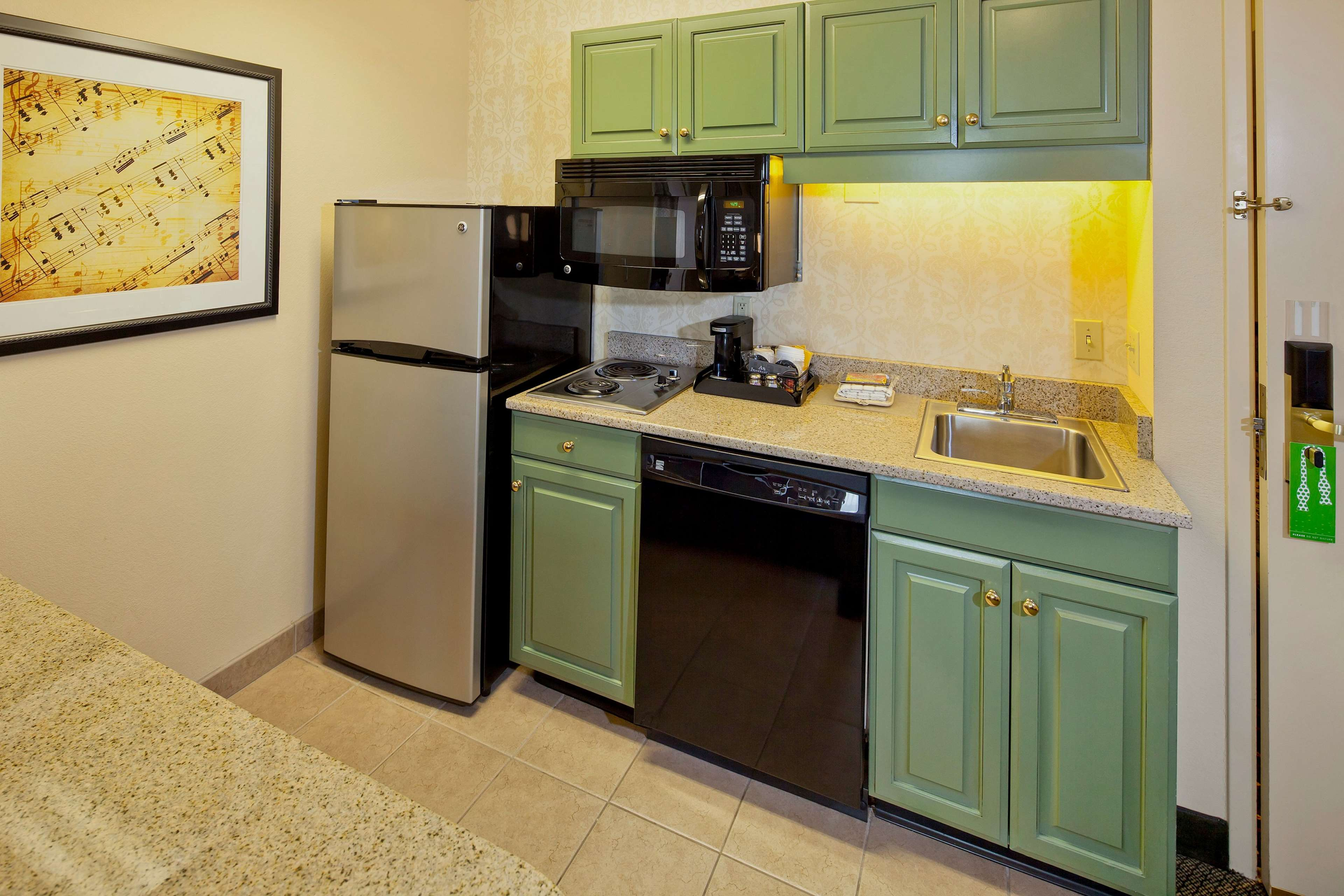 Hampton Inn & Suites Nashville-Green Hills image 25