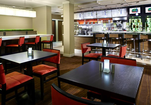 Courtyard by Marriott Tulsa Central image 1