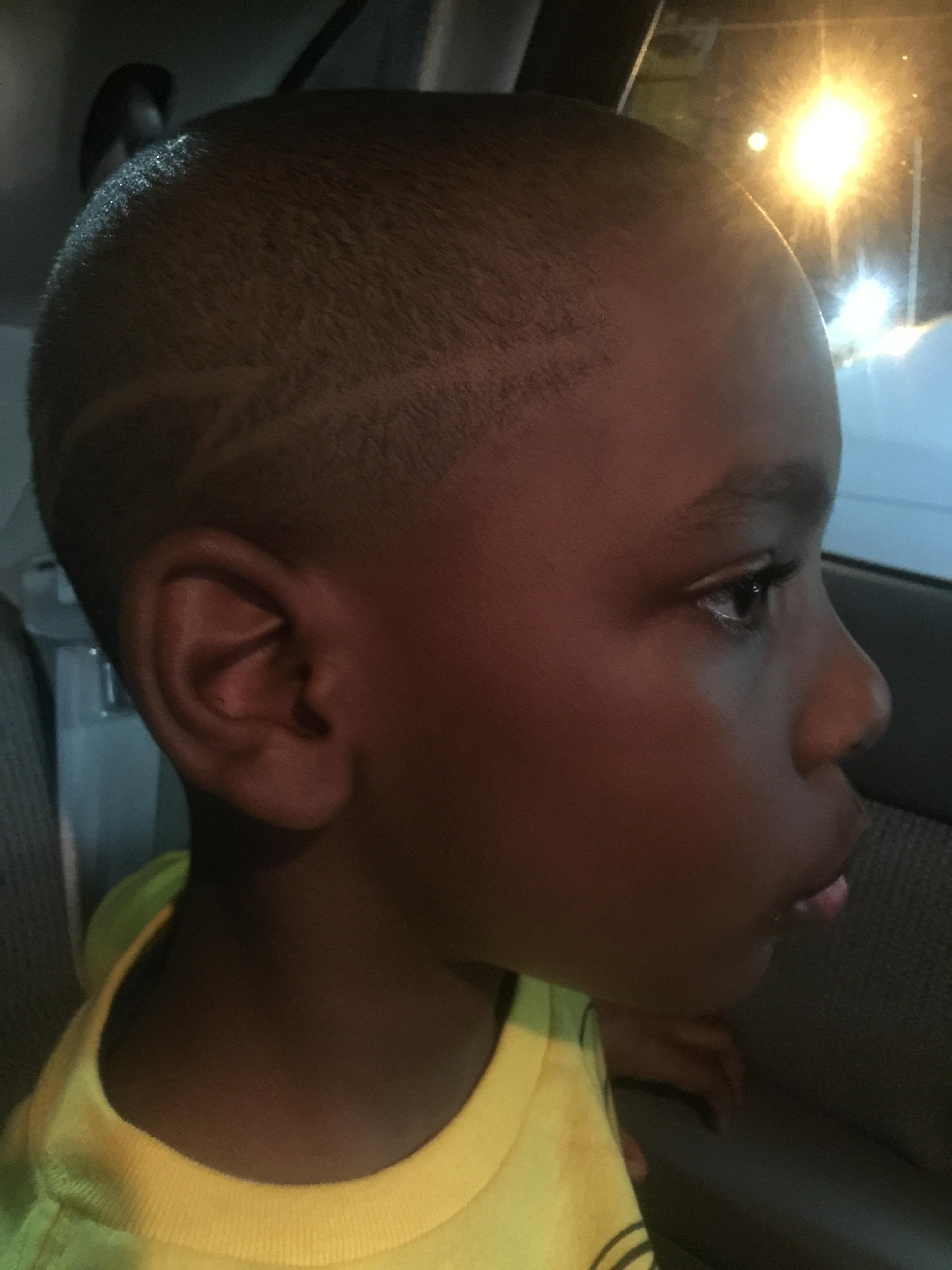Haircuts and Razorlines image 7